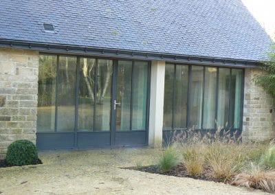 porte et fenêtre acier